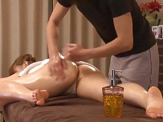 Big Butt Japan Young Wife Has Hip Up Oil Esthetic Sex