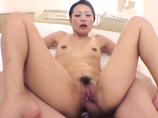 Uncensored Japanese amateur milf blowjob and raw sex