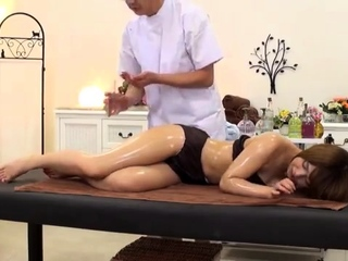 Japanese Femdom Massage Facesitting Feet Fetish with Oil