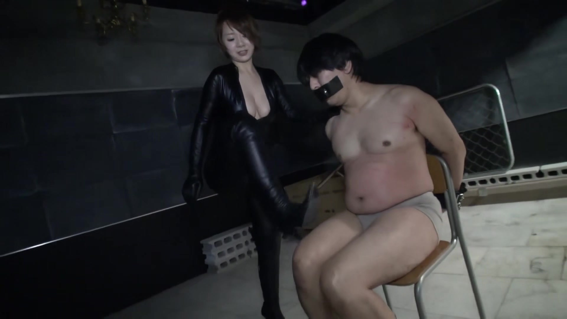 KKK-057_1. japanese school femdom kick head