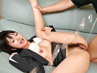 Japanese babe Kotomi Asakura was squirting, uncensored