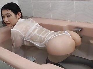 Azumi Mizushima in bath